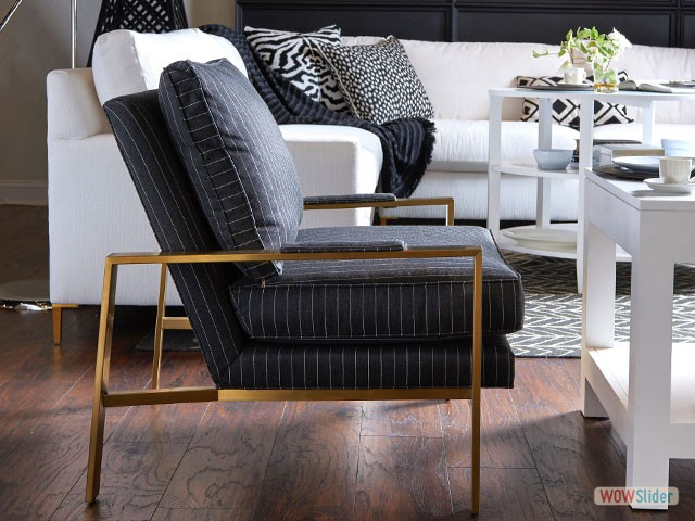 black-gold-chair-4511-640
